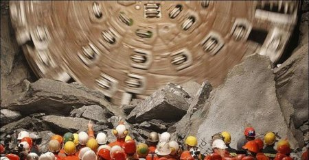В Швейцарии построили длиннейший в мире туннель
