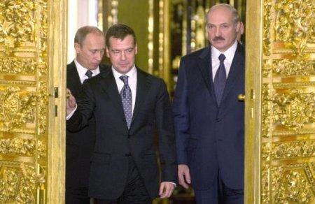 Лукашенко сместят по киргизскому сценарию