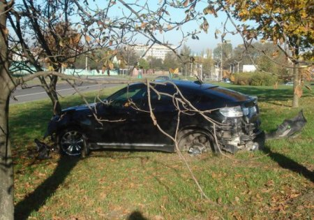 Разбил чужой BMW X6