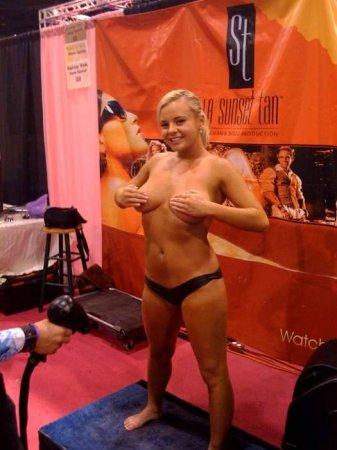 ������ ���� �� �������� Bree Olson