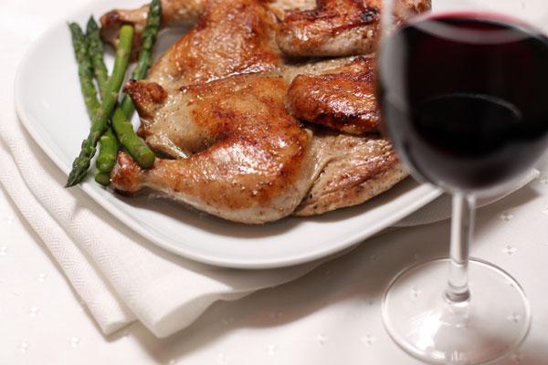 Рецепт с красным сухим вином с фото - Цыпленок табака. рецепт цыпленка