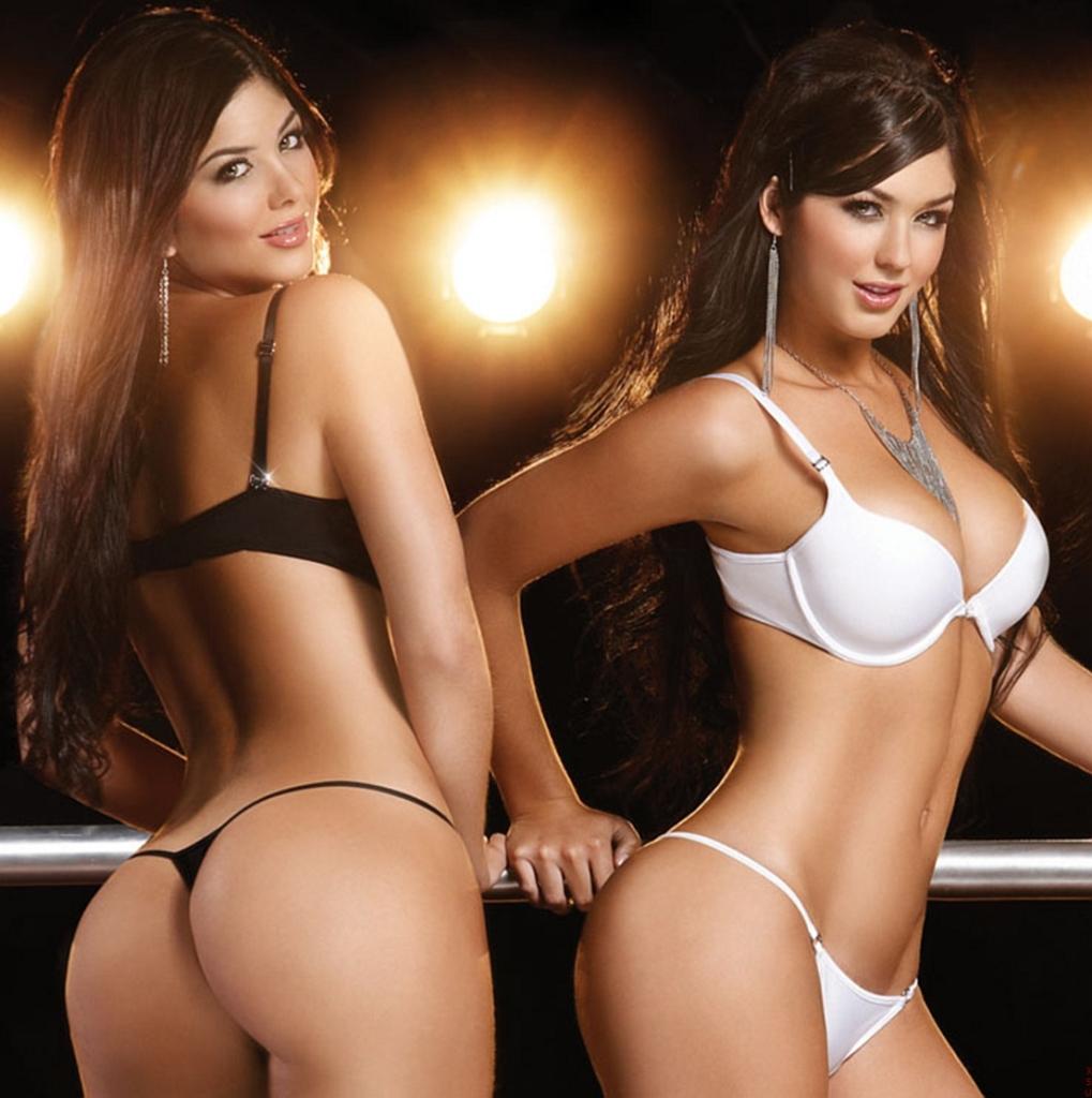 Mariana & Camila Davalos - сексуальные близняшки » banana.by - 50 ...