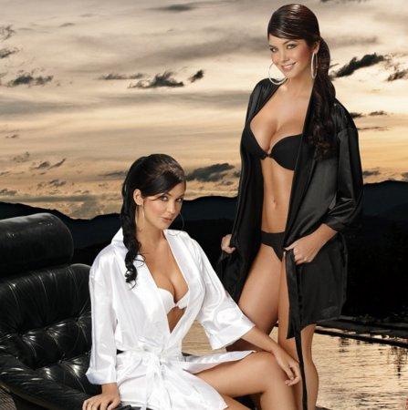 Mariana & Camila Davalos - ����������� ���������