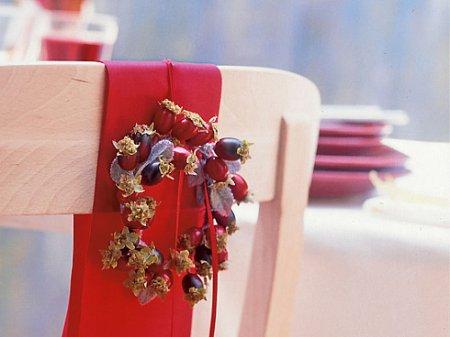 Рождество - дом наряжается в красный