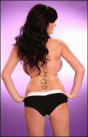 Rachel Aldana - обладательница самой большой груди Англии