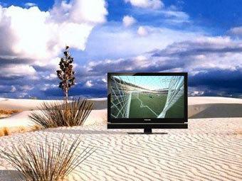 Toshiba представила автономный телевизор для любителей футбола