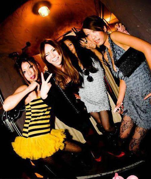 азиатки в клубах россии - 3