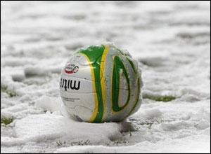 Погода привела к отмене большей части субботней программы в Британии