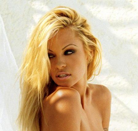 Памела Андерсон в 43 года разделась для Playboy