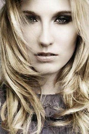 Kelly Knox - необычная модель