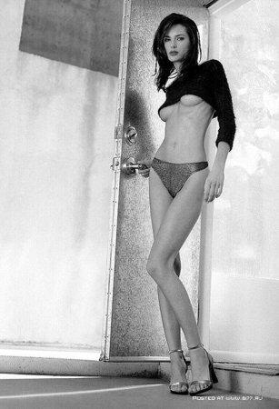 Black & White. Девушки