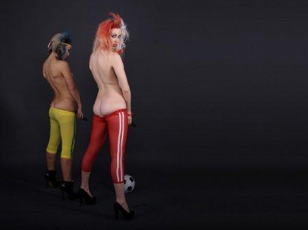 FEMEN Sisters против Warner Brothers