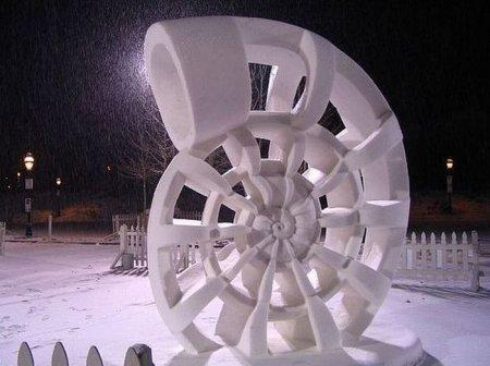 Шикарные снежные скульптуры