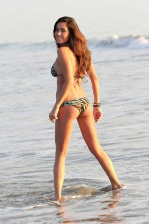 Jasmine Waltz в бикини