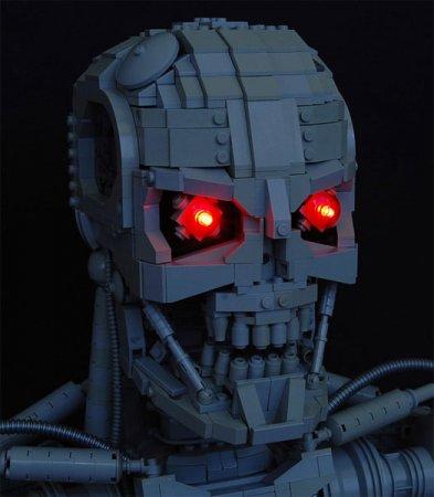 Голова терменатора из LEGO