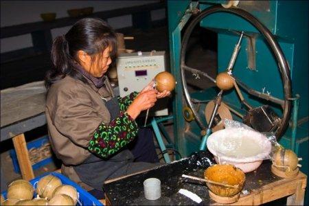 Как в Китае делают фейерверки