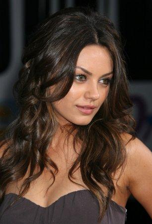 Mila Kunis хороша