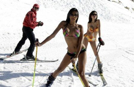 Девушки и лыжи