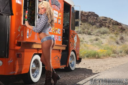 Action Girls - Kelly Lynn - Ice Cream Truck