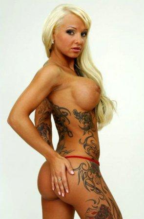 Порнозвезда умерла, увеличив грудь в шестой раз