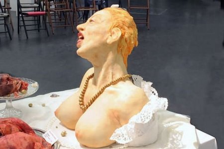 Жуткие съедобные скульптуры из марциана