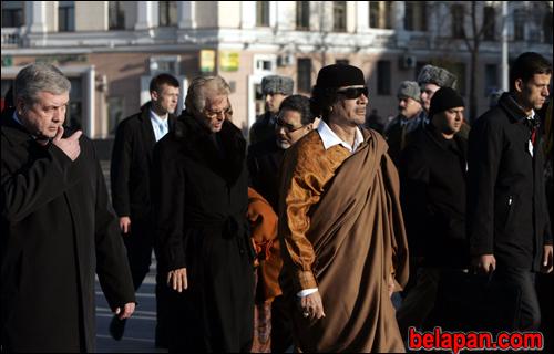 WikiLeaks: Каддафи посещал Беларусь, чтобы сбить цену оружейных сделок