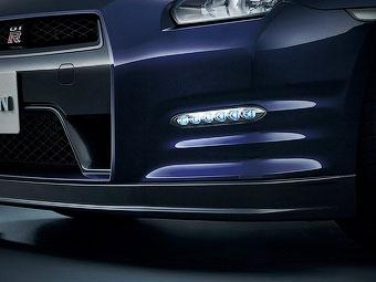 В Европе фары дневного света стали обязательными для всех автомобилей