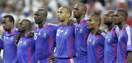 Лоран Блан огласил состав сборной Франции на матч с Бразилией