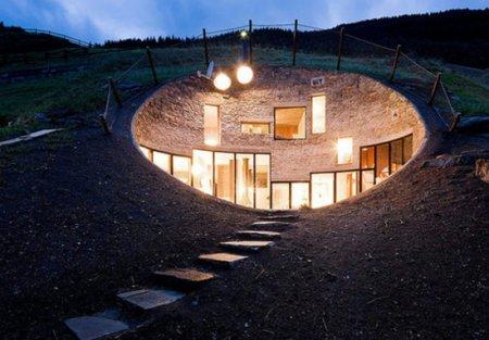 Дом хоббита в Швейцарии