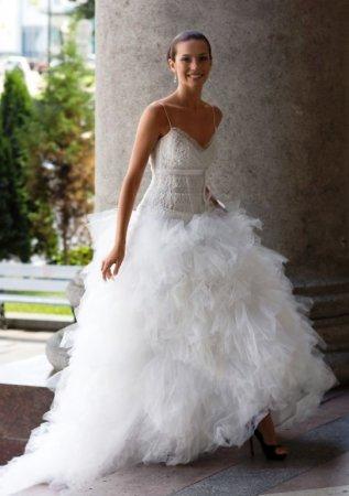 Выбор платья невесты - нелегкое дело!