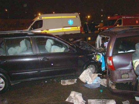 Водитель вышел посмотреть последствия ДТП, и его сбили на глазах у жены и детей