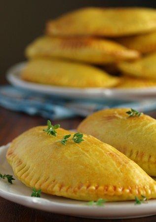 [выпечка] Ямайские пирожки с говядиной (Juici Patties)
