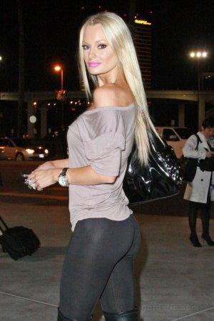 Красотка Софи Тернер