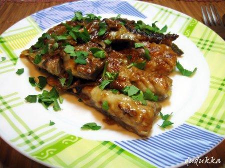 Скумбрия в луковом соусе (Maquereaux au sauce oignon)