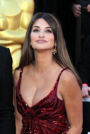 Пенелопа Круз покорила «Оскар» своей грудью