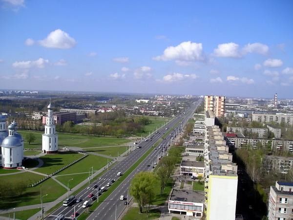 Брест - город на юго-западе Белоруссии, административный центр Брестской...