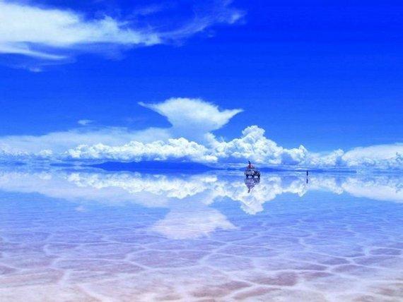 В мире в salar de uyuni то есть солёном мире