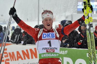 Биатлон. Сборная Норвегии выиграла золото в эстафете на ЧМ