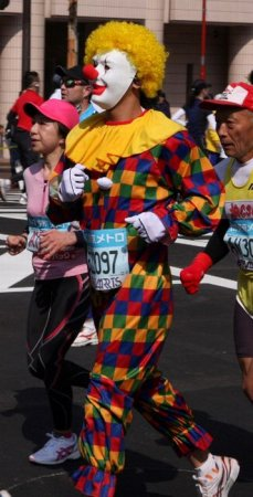 Лучшие костюмы с токийского марафона 2011