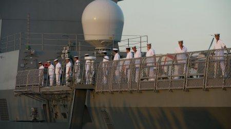Экскурсия по военному кораблю