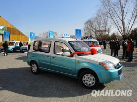 Первые электротакси появились в Пекине
