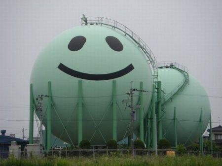 Газовые резервуары в Японии