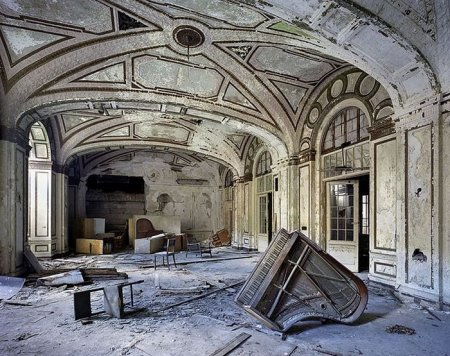 Город призрак Детройт (25 фото)