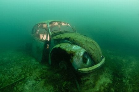 Путешествие на затонувший корабль (10 фото)
