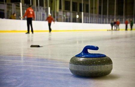 Бильярд на льду или просто кёрлинг