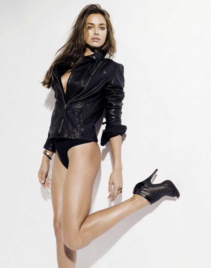 Ирина Шейк в рекламе XTI