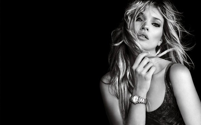 essays kate moss beauty Kate moss's biggest beauty secret is being kate moss she's only just discovered things like the gym, salads and juicing.