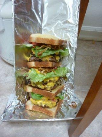Делаем сэндвич для богатыря