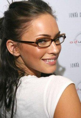 Девушки и очки