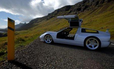 """В память о """"Мерседесе"""" 40-летней давности в США построили уникальный спорткар"""